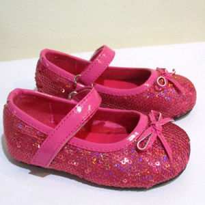 NEW Bubble Gum Pink Sparkly Girls MJ Shoes 4 5 Inf